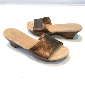 Talbots Bronze Genuine Leather Slide Sandals